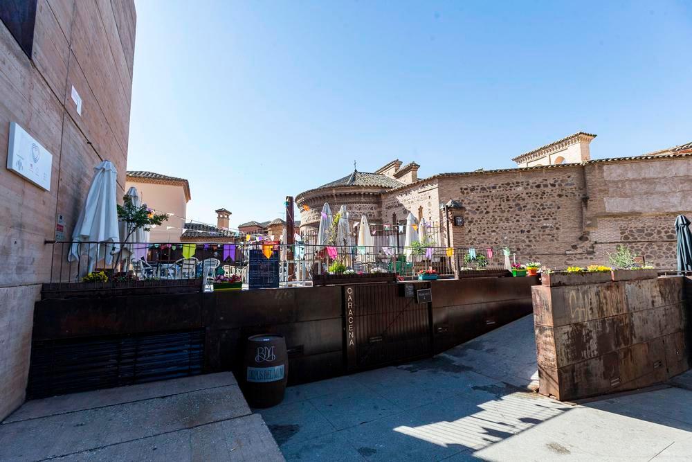 Terraza anexa al edificio Caracena, en el Casco.
