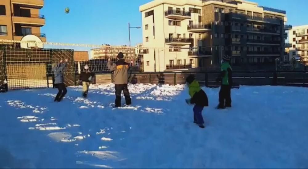 #VÍDEO Voleibol en la nieve