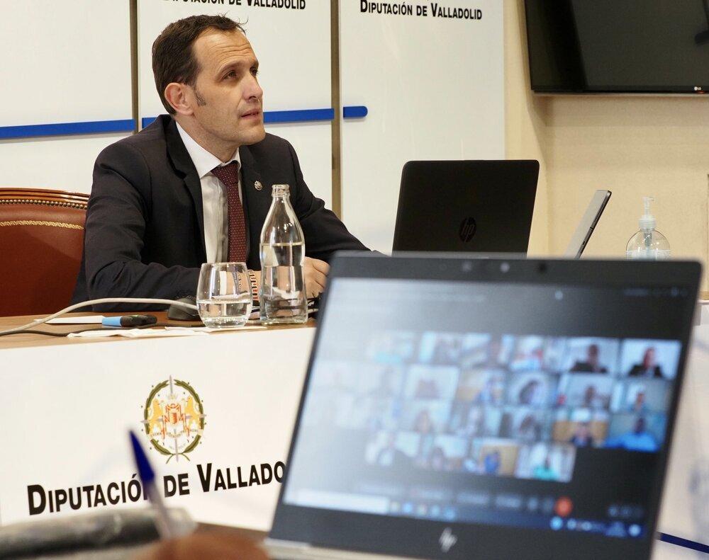 Conrado Íscar ha presidido el pleno del mes de julio de la Diputación de Valladolid.