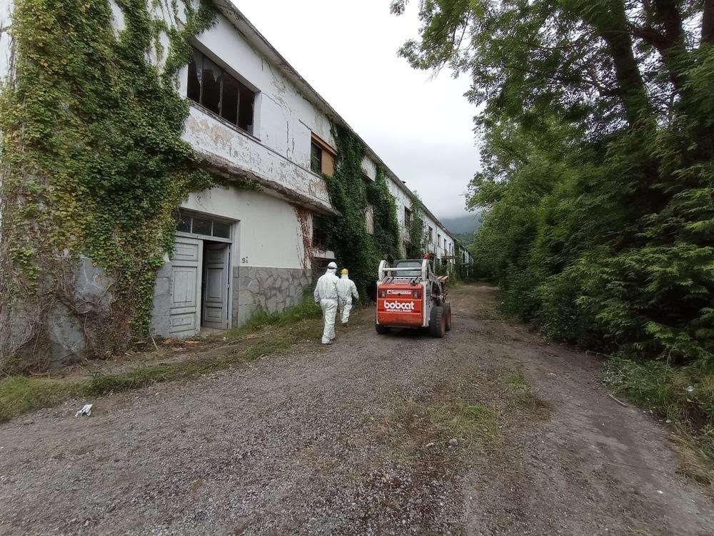 Comienza la retirada de los residuos peligrosos de Valca