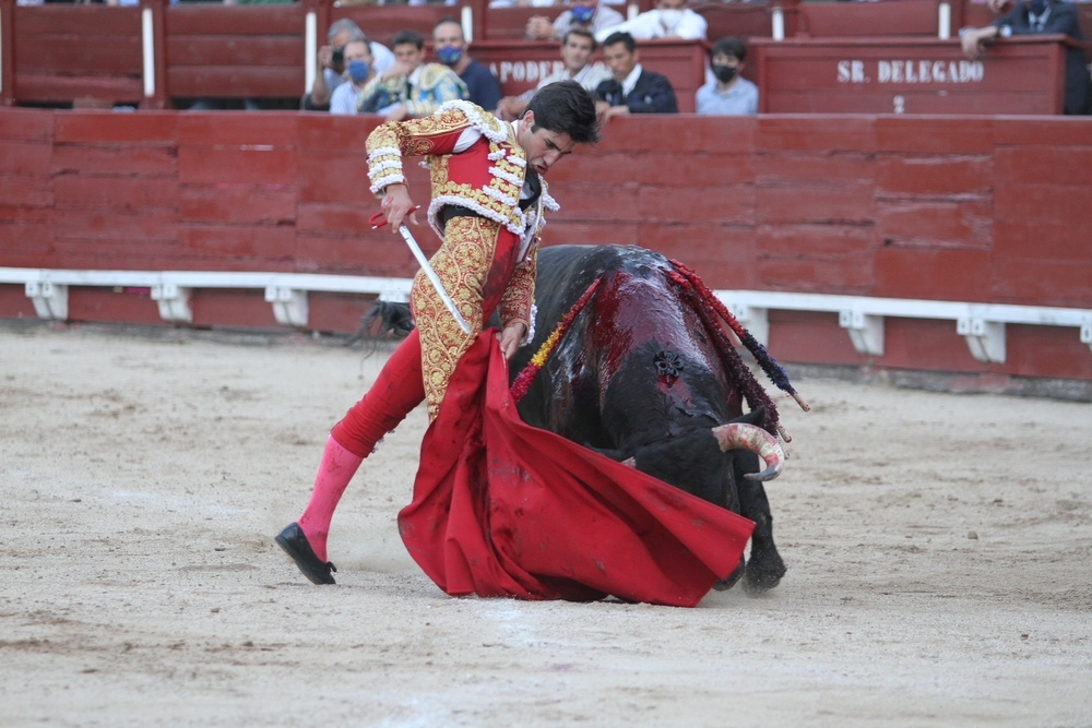 Sobresaliente actuación de Álvaro Lorenzo en la corrida del Corpus toledano.