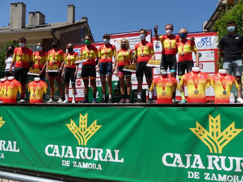 Imágenes del Trofeo Virgen del Carmen-Campeonato de España Máster 30,40,50, 60 y féminas de línea y contrarreloj.
