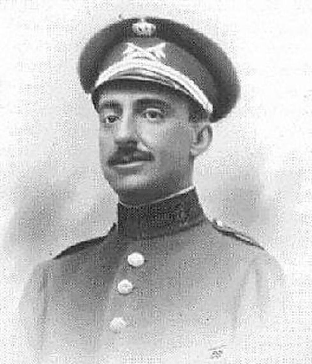 Jefe del Regimiento 'Alcántara' en su heroico sacrificio en