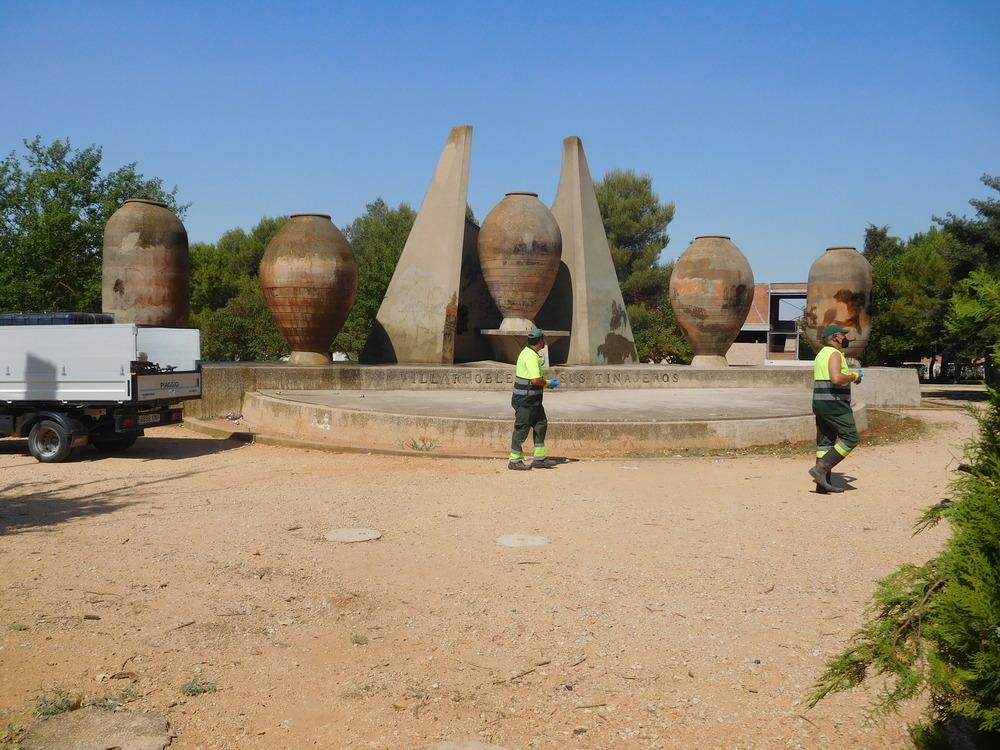 Vandalizan las tinajas que dan nombre a Villarrobledo