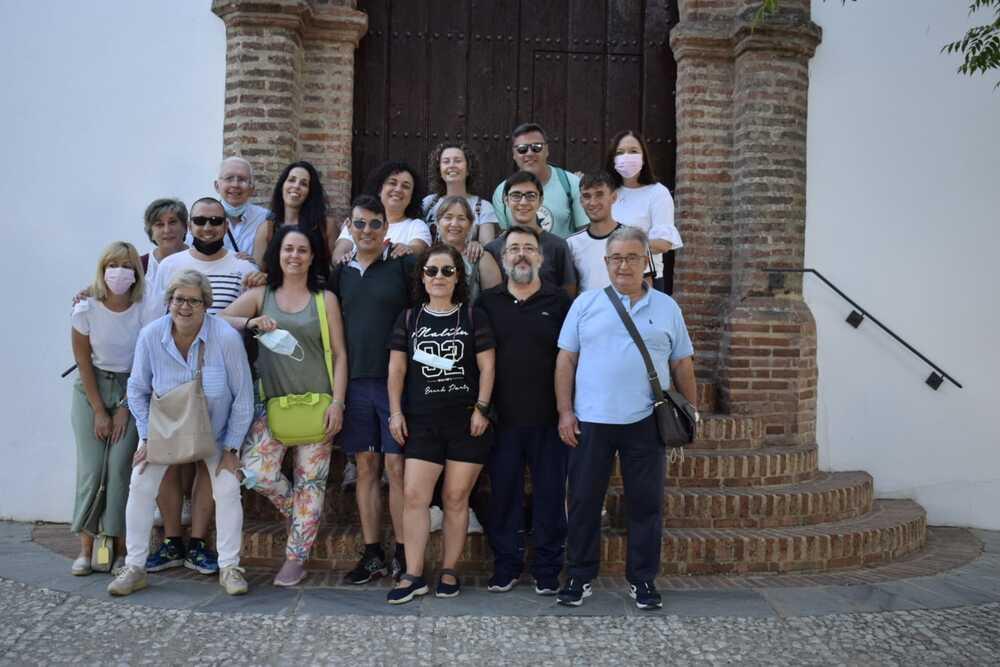 Huelva despide a su cura alcazareño