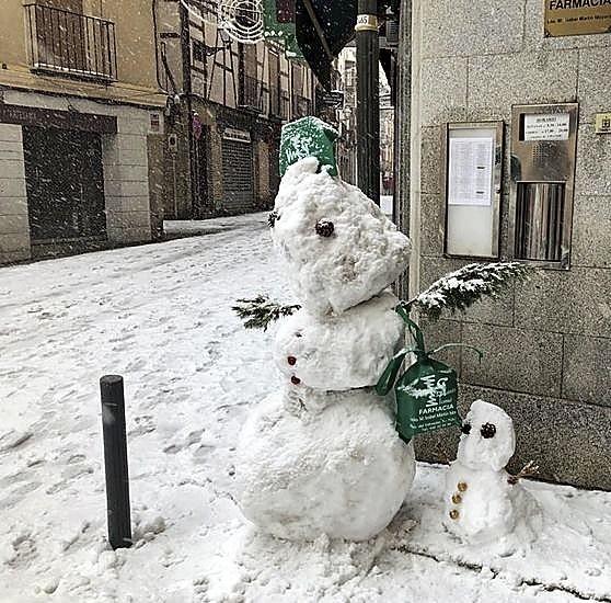 Diversión y bellas estampas, la otra cara de la nieve