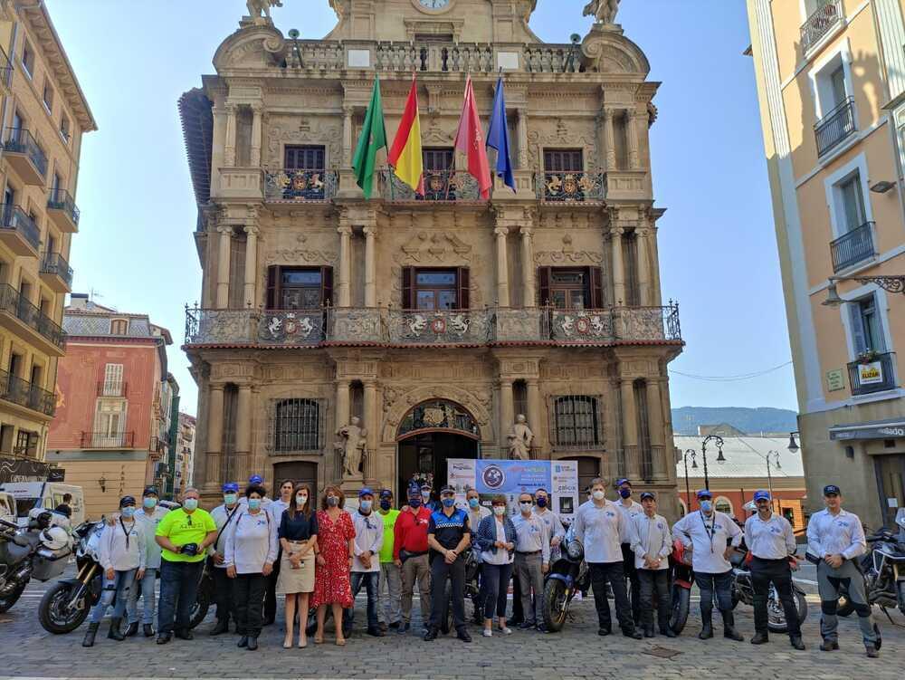 Pamplona recibe a la ONG Moto for Peace en su 20 aniversario