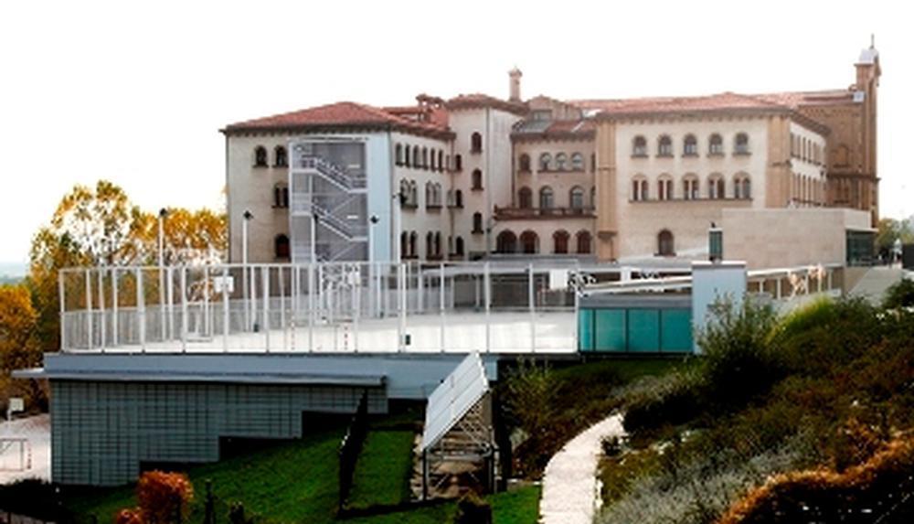 Cribado en Liceo Monjardín por un brote con 60 positivos