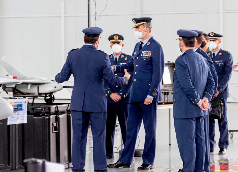 El Rey conoce la escuela de formación del Ejército del Aire
