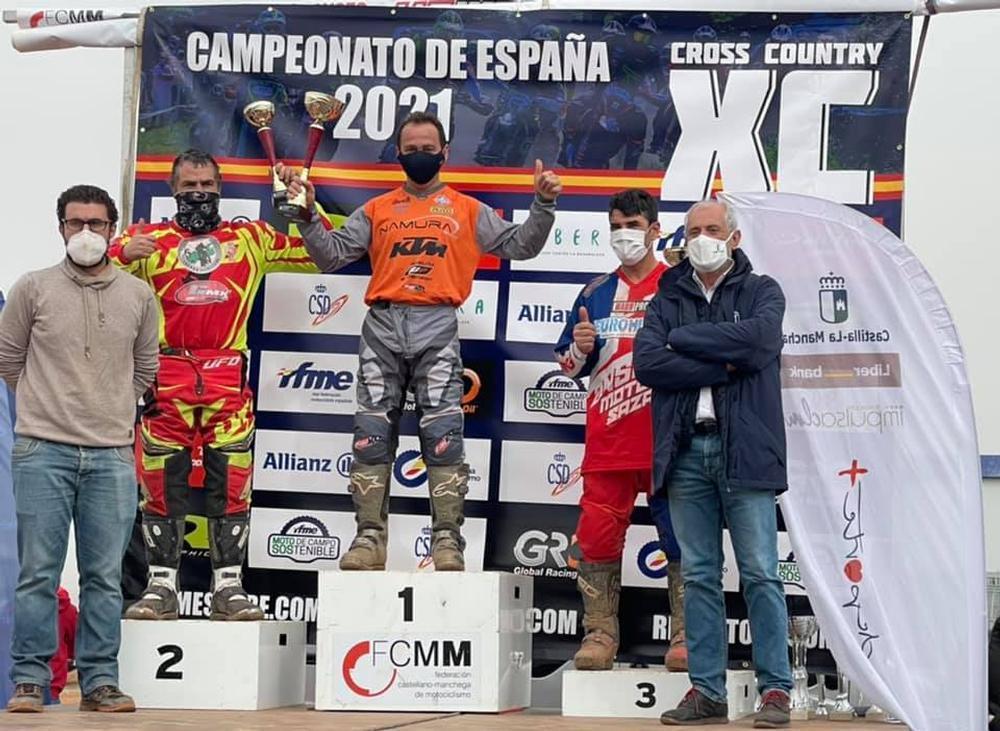 Antonio Valero, en lo alto del podio.