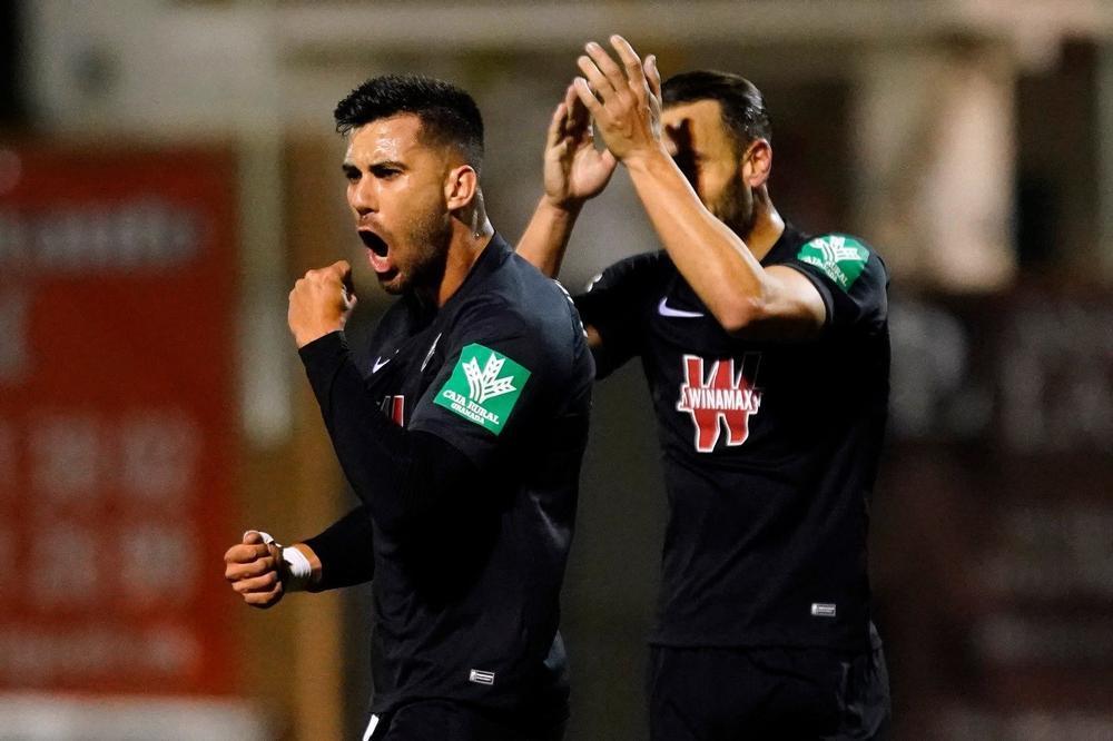 El Granada se mete en cuartos tras golear al Navalcarnero