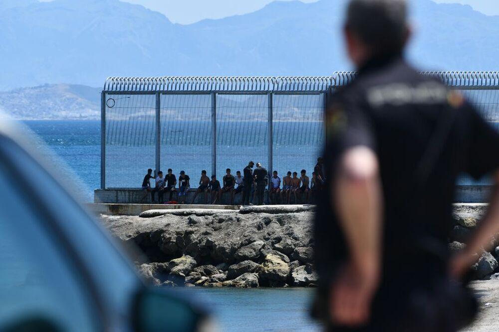 Más de 5.000 marroquíes entran irregularmente en Ceuta