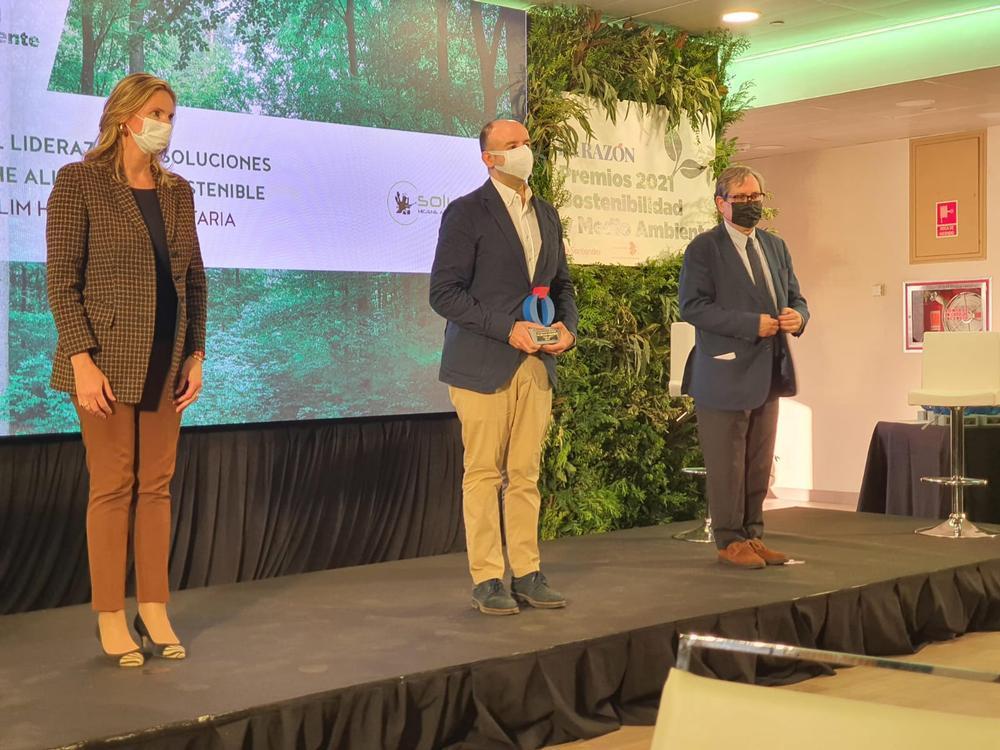 Solulim recibe un premio como líder en higiene sostenible