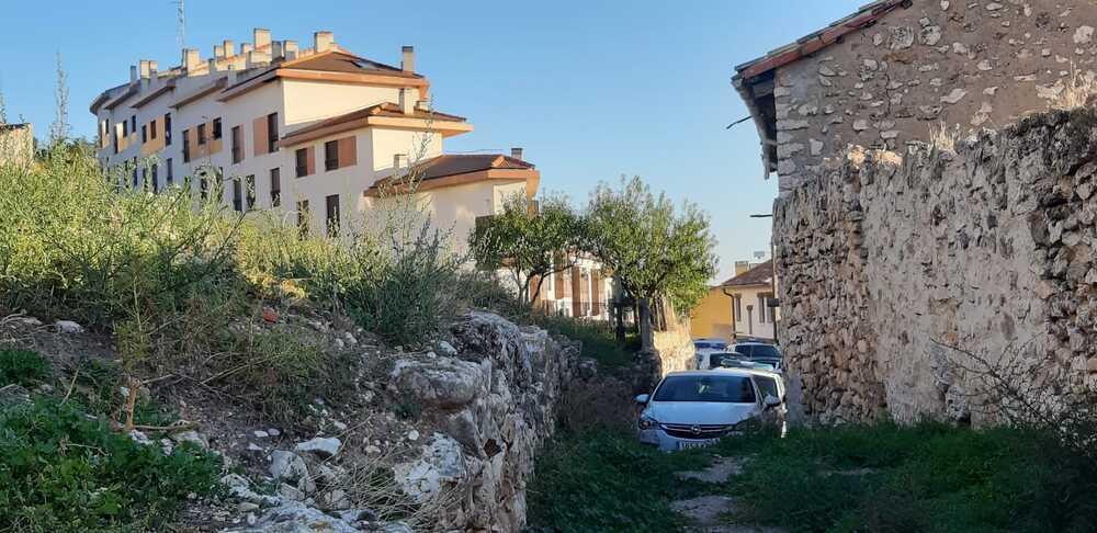 Comienza el desalojo de diez viviendas ocupadas de Horche