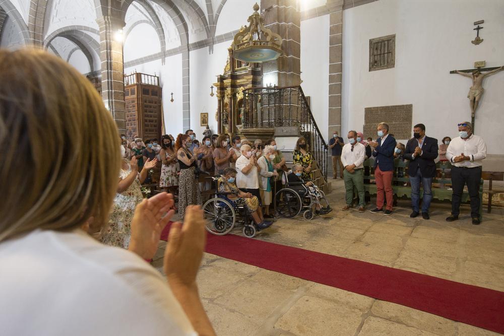 Homenaje mujeres centenarias de Riocabado.