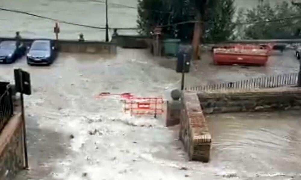 Las lluvias provocan nuevos destrozos en Bajada del Barco