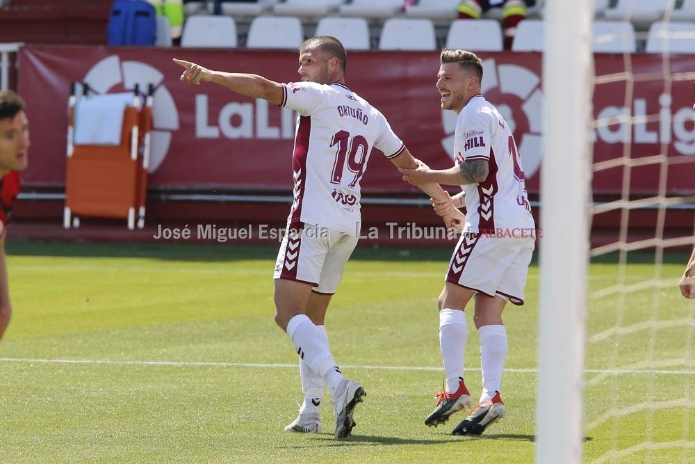 El Albacete se encuentra con un gol que prolonga la agonía