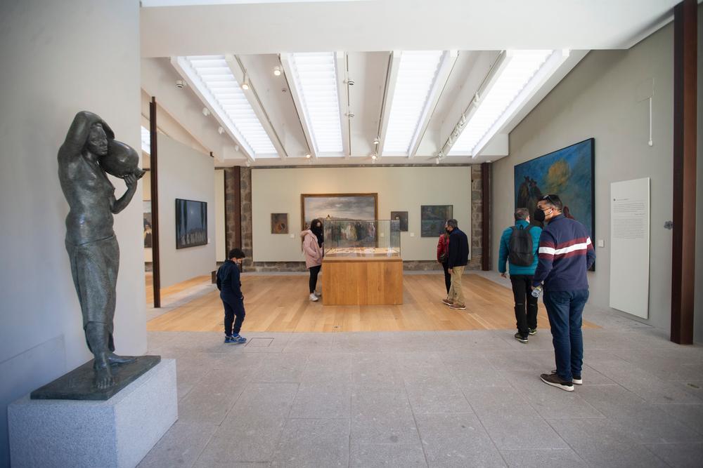 Las Tenerías, el palacio Caprotti y la Muralla fueron los espacios que abrieron gratis por el Día de los Monumentos -que se celebra cada 18 de abril desde 1983- y todos registraron un goteo incesante de visitantes, la gran mayoría abulenses.