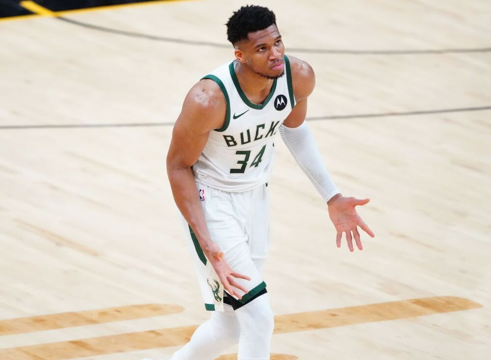 Los Suns toman ventaja ante los Bucks