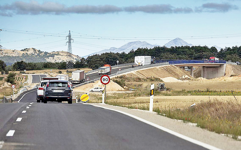 El megaplán de carreteras del Gobierno incluye la A-73