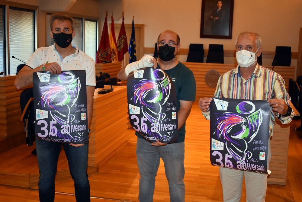 De izquierda a derecha, Antonio Gallego, Juan Carlos Martín y Luis García-Morato, en la presentación del evento.