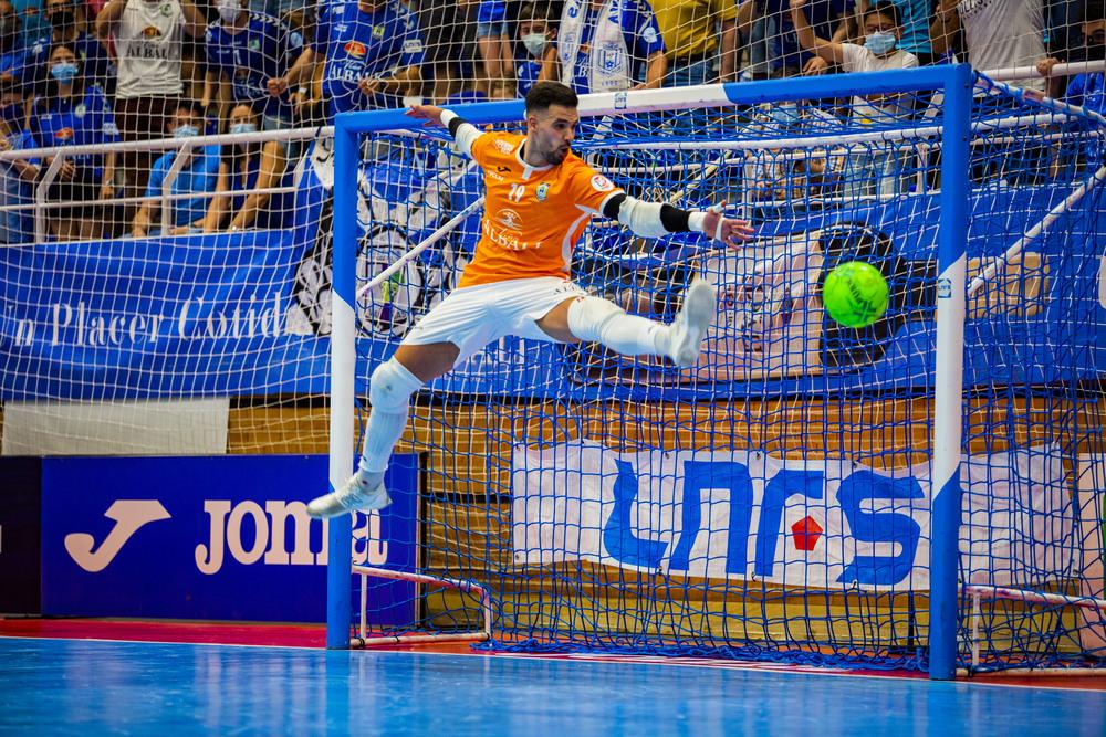 partido de FS entre el Viña Albáli Valdepeñas y el Levante, por el titulo  liguilla por el titulo del liga