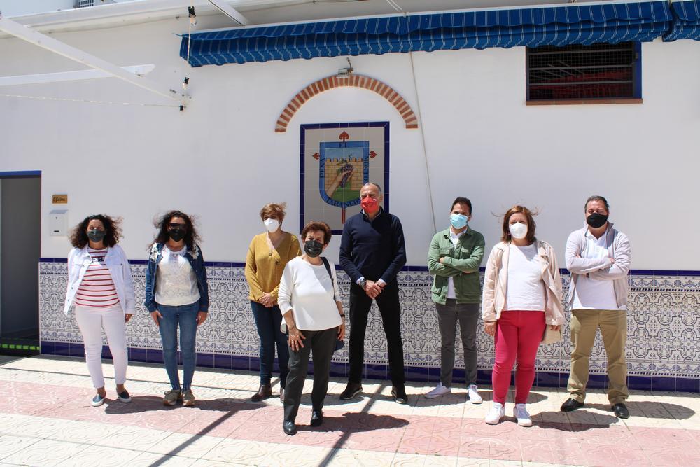 La peña El Mosto reabre renovada tras catorce meses