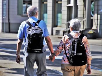 Los pensionistas podrán seguir viajando con el Imserso