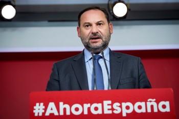 Ábalos asegura que el Gobierno no se plantea el indulto