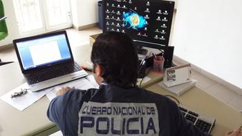 Juzgan a tres informáticos por piratear la señal de Movistar