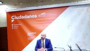 David Muñoz reiteró la «mano tendida» de Ciudadanos al Gobierno regional para entrar en el pacto.