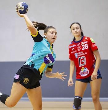 Partido a rachas y derrota en Gijón