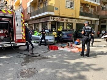 Aparatoso accidente en la calle Octavio Cuartero