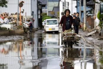 Asciende a 74 muertos por el tifón 'Hagibis' por Japón