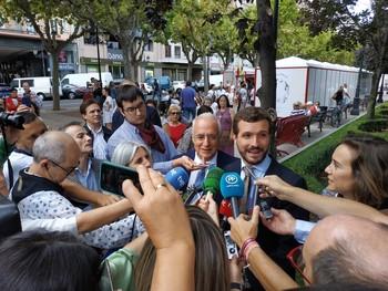 El PP acusa a Sánchez de comprar votos con recursos públicos