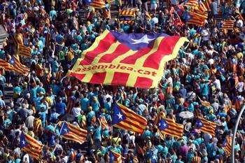 Un 48,8% de catalanes rechaza la independencia