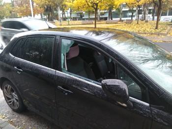 Vuelven a aparecer coches con las ventanillas rotas