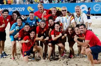 La selección femenina de fútbol playa, oro en los Mundiales
