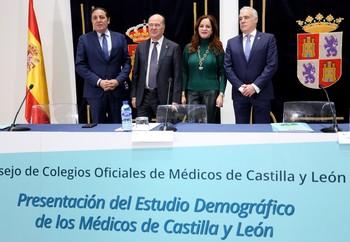 El Consejo de Colegios de Médicos de Castilla y León presenta en un acto en las Cortes el estudio 'Demografía médica en Castilla y León'.