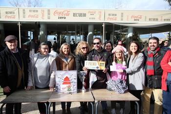 21 participantes compiten en el concurso de migas navideñas