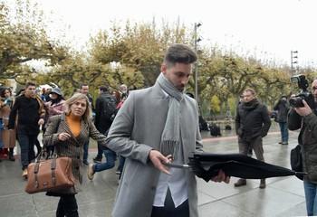 Víctor Rodríguez 'Viti', uno de los acusados, a su llegada al juzgado.