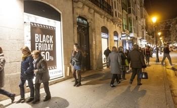 El llamado Viernes Negro es una tradición comercial importada de Estados Unidos.