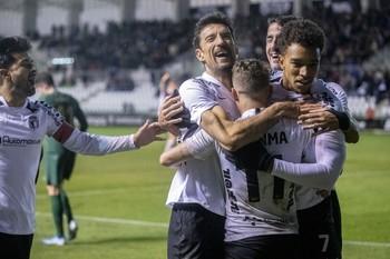 Toché ya es el máximo goleador del Burgos CF