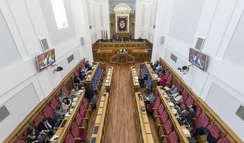 PP y Vox podrían gobernar Castilla-La Mancha a medias