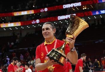 Scariolo, un entrenador de Honor y Oro