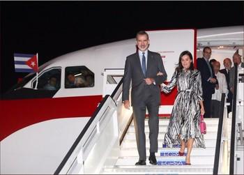 Los reyes de España llegan a Cuba en una visita histórica