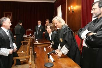 Medalla de plata al Mérito Social a María Teresa Román