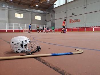 El Laguna Negra capta nuevos jugadores de hockey