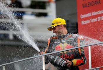 Victoria y subcampeonato de Moto2 para Brad Binder
