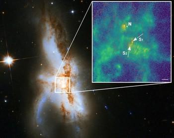 NGC 6240, la única galaxia con 3 agujeros negros supermasivos